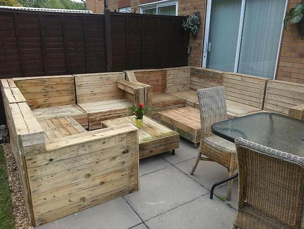 Loungebank maken van steigerhout en pallets video.