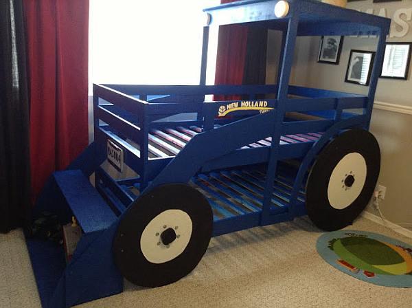 Leuk bed voor kinderen, model tractor.