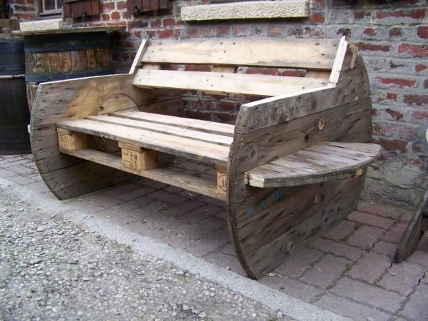 Pallet meubelen maken, pallets demonteren en hergebruiken