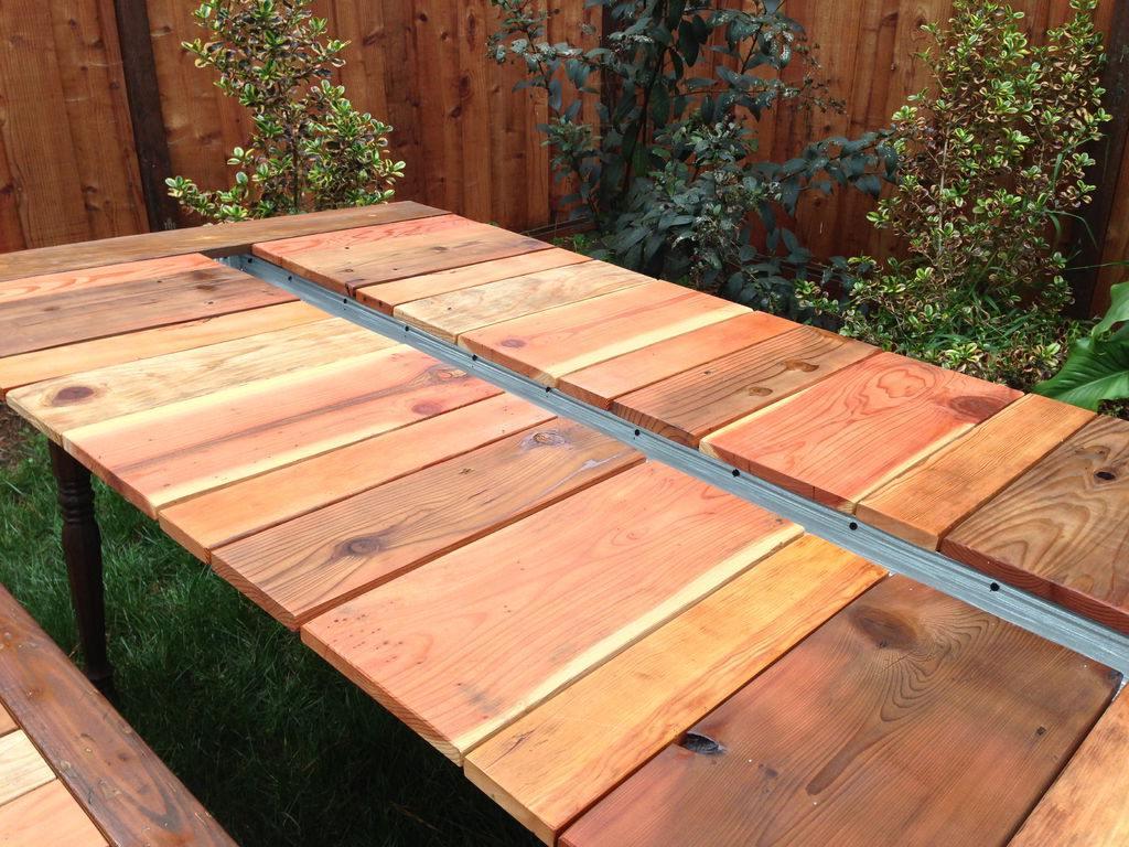 Tafel maken van steigerhout of pallets for Zelf tafel maken