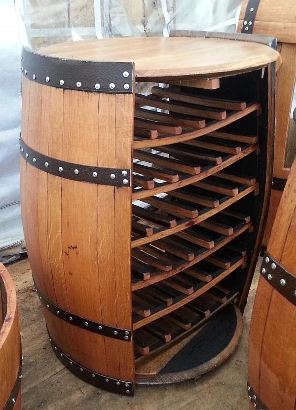 Verbazingwekkend Wijnvat meubelen, tafels stoelen en banken van eiken vaten. BR-26