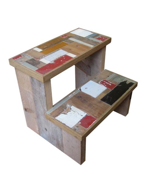 Houten keukentrapje van steigerhout - De trap van de bistro ...