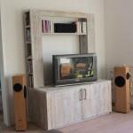 Steigerhout als materiaal om een tv meubel te maken.