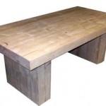 Voorgezaagd steigerhout bouwpakket voor een bloktafel.