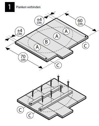 Verbind de planken met latten en zaag een paasei model in het steigerhout.