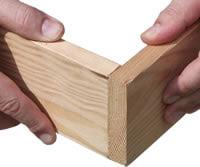 Twee planken met de kopse kanten aan elkaar verbinden .