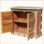 Keukenkastje en keukenblok zelf maken met planken van de sloop.
