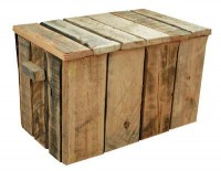 Geen steigerhouten kist maar een exemplaar dat is gemaakt met de planken van pallets.