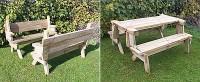 Tuintafel met bankjes die omgevormd kunnen worden tot picknicktafels.