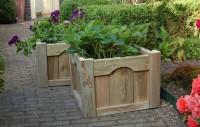 Leuk model plantenbak van hout.