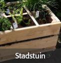 Steigerhouten plantenbak om zelf te maken, een stadstuin.