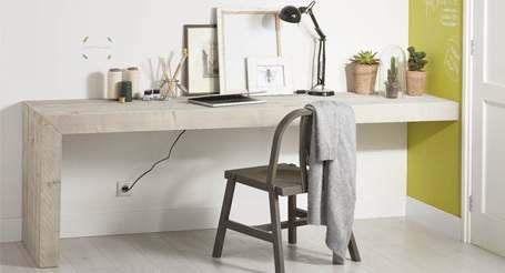 Stoer steigerhout bureau om zelf te maken.
